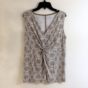 Tops - Form fitting tank top